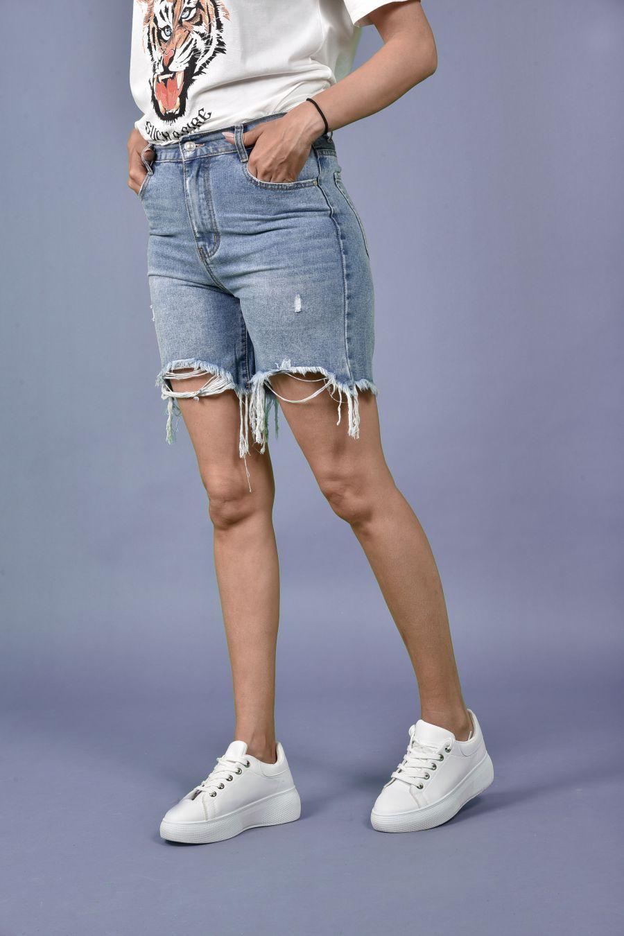 Jean shorts  με σκισίματα