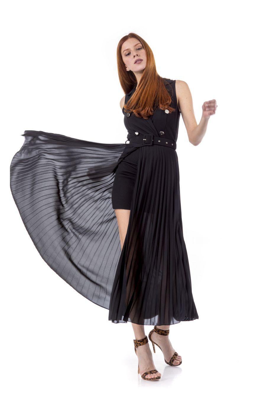 Μακρύ μονόχρωμο φόρεμα