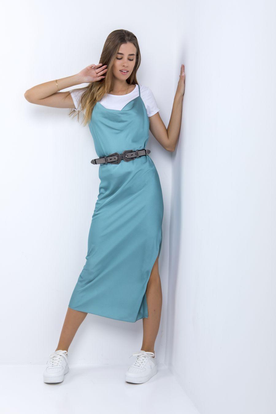 Midi φόρεμα τύπου σατέν